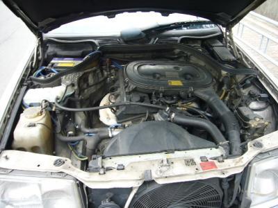 メルセデスベンツ 240E